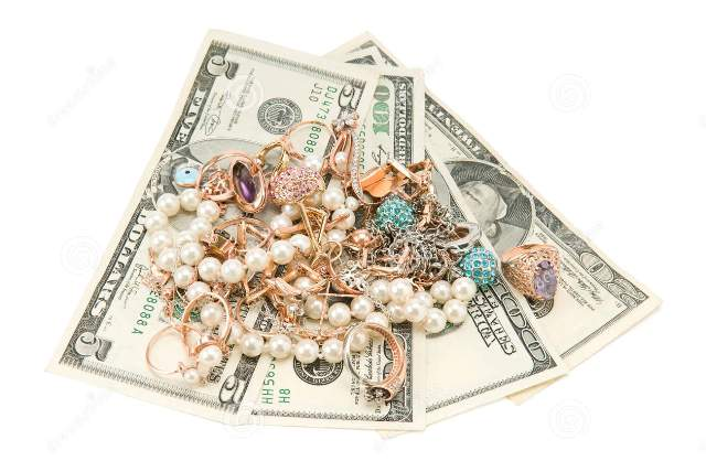 How to Buy Beads and Jewelry on a Tight Budget