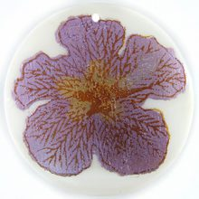 "Metallic Purple ""Gumamela"" Flower Design Round Makabibi"