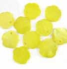 Light Yellow Flower Hammer shell Beads 10mm