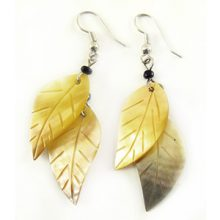 Blacklip double leaf earring wholesale