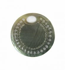 blacklip, carved round 25mm wholesale pendant