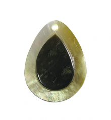 Blacklip drop embossed 20mm wholesale pendant