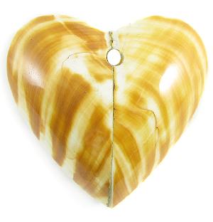 Tiger heart shape shell pendant wholesale