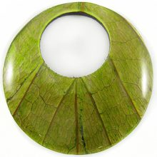 Coconut shell backing round w/ Cab-Caban leaf 62mm