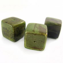 Banana bark inlaid 16mm cube green