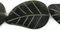 Black horn leaf 25x42mm