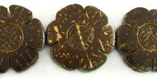 Coconut shell 30mm 2-sided flower design natural brown