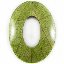 Coconut shell back oval w/ Cab-Caban leaf 62mm