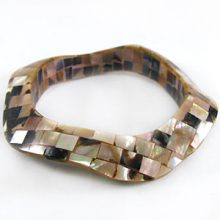 wholesale brownlip blocking wavy bangle
