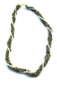"Green & white Monggo shell necklace 32"" wholesale"