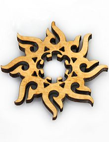 Laser cut hambabaludd wood pendant 39mm