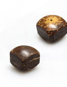 Natural coconut shell domed square bead 15x15mm