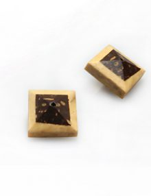 Natural double sided coconut shell square with insert