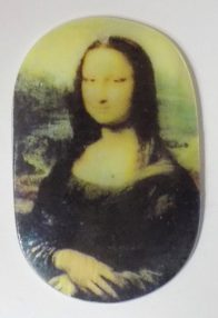 River shell in decal print Monalisa pendant
