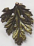 wholesale Electroplated chrysanthemum leaf pendant