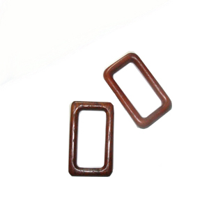 Bayong wood rectangular kalar pendant 53mm