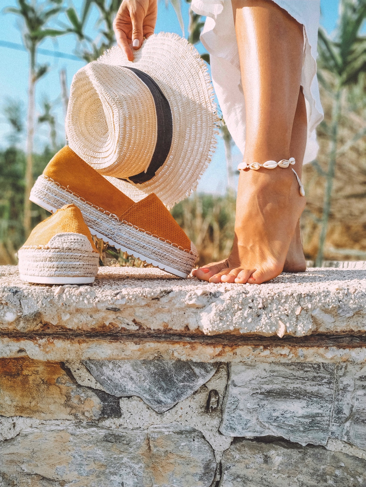 Anklet Styles for Your Next Summer Vacation