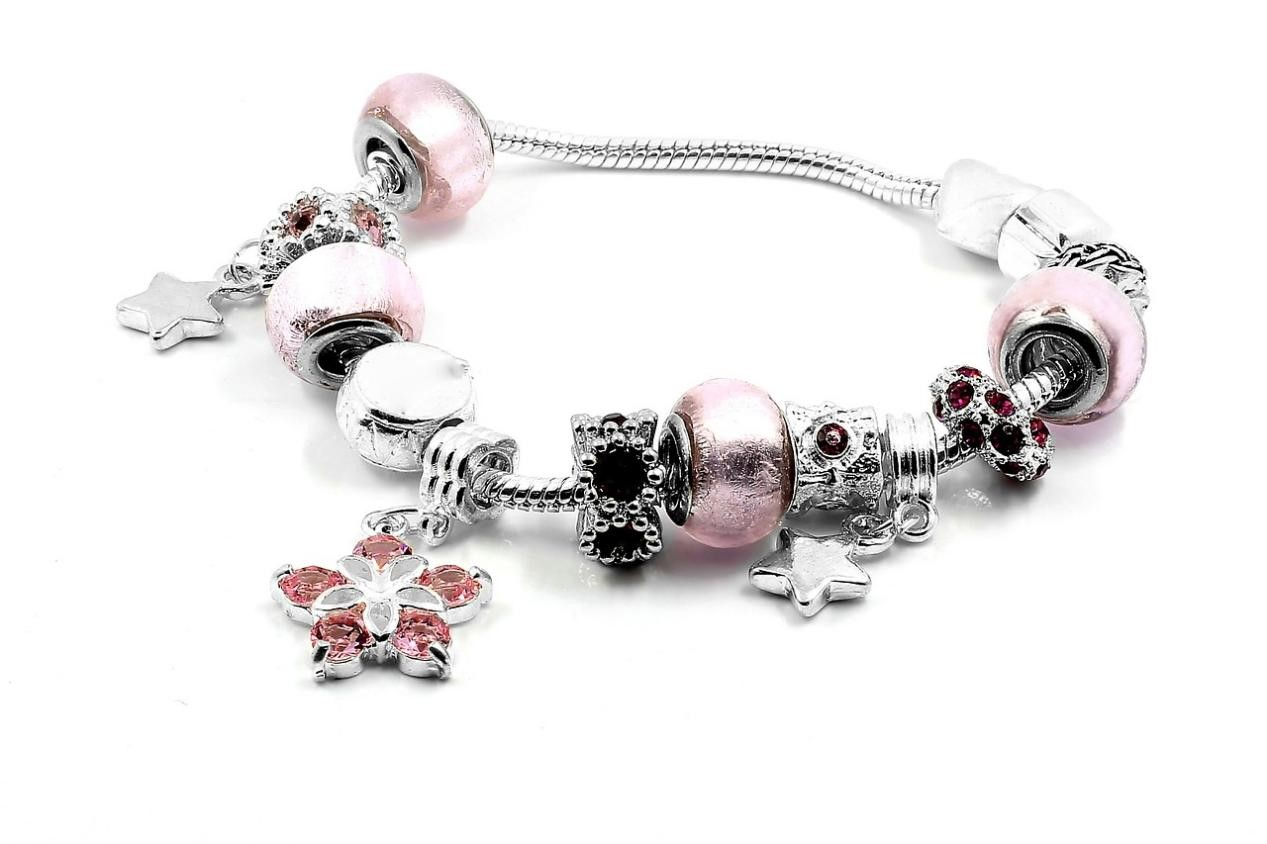 Best-Jewelry-Gift-Ideas-for-Your-Cancerian-Friend